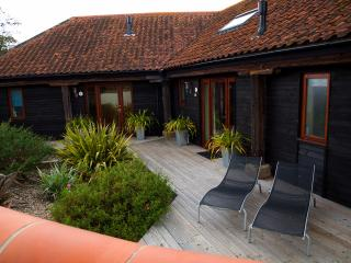 Rookery Barn Holidays - KESTREL BARN