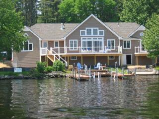 4 Season Modern Lakeside Home, Long Lake, Bridgton