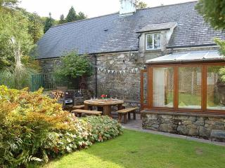 Gilfachwydd Farmhouse Retreat