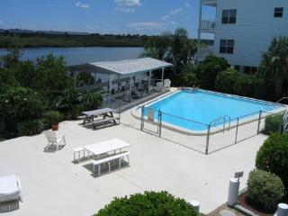 End of Summer Specials. Great location!  Reserve Now!, Indian Shores