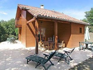 2 BEDROOM LODGE- SLEEPS 4, Souillac