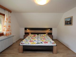 Biger bedroom