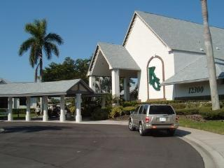 Kelly Greens Golf/Country close to Sanibel beaches