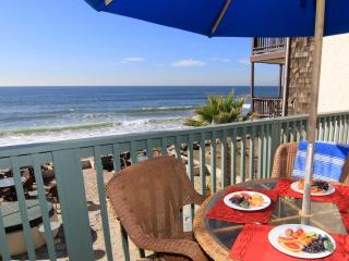 Beckoning Beach Front Condo On the Sand - P7201-0, Oceanside