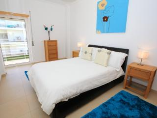 Fantastic location 2 bed apt on the Ria Formosa, Fuzeta