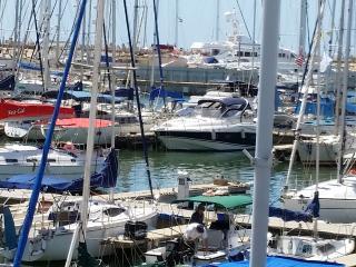 Marina appt. 50 + 10 sq.m. Balcony Yachts+Pool+Gim, Herzlia