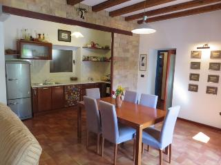 Zadar, Whole House for rent 100m from the sea