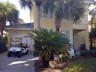 August weeks available! Pool,Tennis,Fitness, Destin