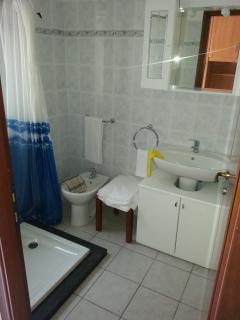 Top floor bathroom area