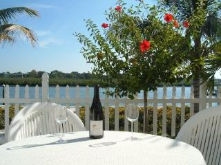 Lowest Price Waterfront Condo, Beautiful, Relaxing, Indian Shores