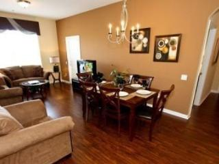 4126BD-409. Professionally Furnished 3 Bedroom 2 Bath Penthouse Condo