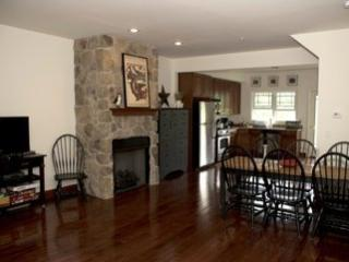 Country Comfort/Trailside on Hunter Mountain