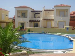 Marina Golf, 3 Bedroom Villa with shared pool., Caleta de Fuste