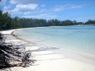 Beautiful Oceanfront Home, Private, Secluded Beach, Chub Cay
