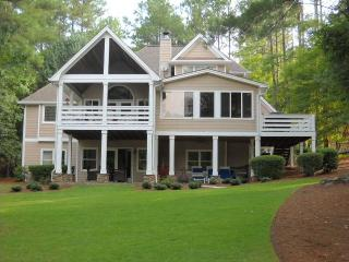 Reynolds Plantation, GA  Lake-Front Home, 5 Stars, Greensboro