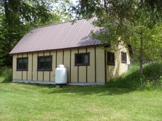 Swan's Hill Cabin, Alpha