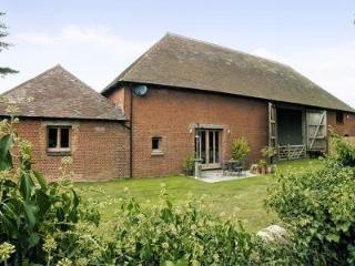 CHURCH BARN - LE GRANDE, Maidstone