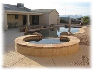 Beautiful Newer Home with Beach Entry Pool/Bar, Lake Havasu City