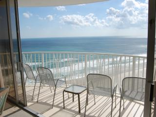 Luxurious Oceanfront Newly Renovated Condo WOW, Daytona Beach