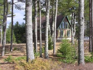 Chalet with Views of Acadia National Park, Franklin