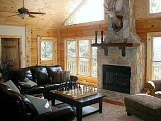 Luxury Mtn Home 5 & 3 Game Room Hot Tub Great View, Waynesville