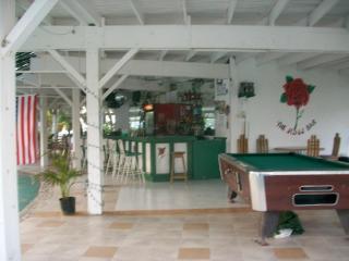 Seacastles bar
