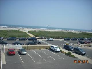 NOT Renting Oceanfront 3 bedroom condo, North Wildwood