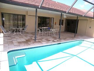 Marco Island 3 BR 2 BR Water Home Heated Pool Boat, Isla Marco