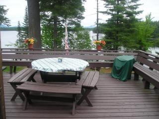 'Hole In the Woods' A breathtaking,serene getaway., Saranac Lake