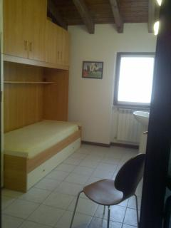 Top floor bedroom 3/Fold-in bed area