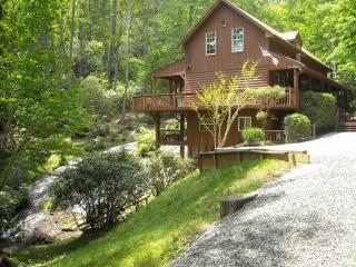 North Carolina Waterfall Vacation Home, Cullowhee