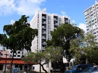 Ashford Avenue Apartment in Condado, Miramar