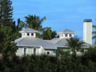 Old Naples Beach House Style ~ Private Beach