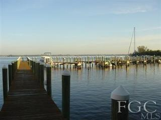 Riverside - Downtown Luxury Water Front Condo, Fort Myers