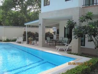 Lovely Villa in Ideal Location, Hua Hin