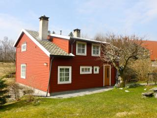 Famhouse for rent on Osterøy, close to Bergen