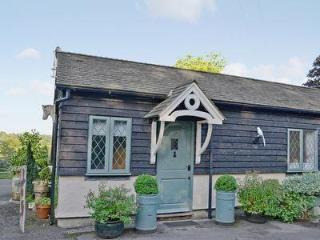 WHITE MAGPIE COTTAGE, Lamberhurst