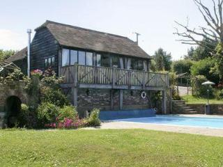 STONEHOUSE FARM COTTAGE, Uckfield