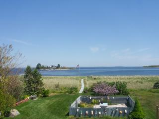 Beach House on Hills Beach in Biddeford 3 BR 2 BA