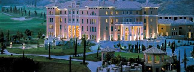 THE STUNNING PADIERNA  HOTEL