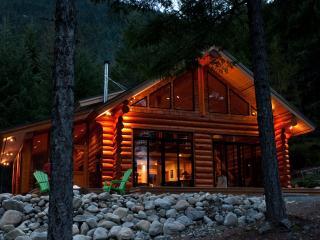 Log Cabin on acerage, Mount Currie