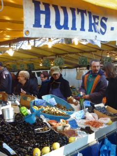 Experience the lively market at your footsteps, selling the freshest products