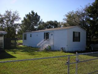 2005  Waterfront Buckhead Ridge 2 bedroom home, Okeechobee
