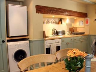 Cuddy's cosy kitchen