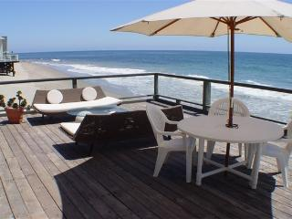 Malibu Beach House - Right on the Sand!, Point Mugu