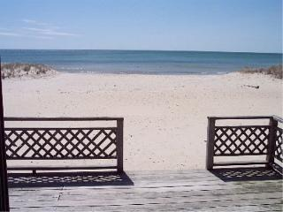 Ocean Front House.Directly on the beach., West Dennis