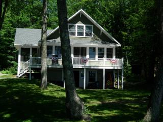 Cobbossee Lake House Rental, Winthrop, Maine