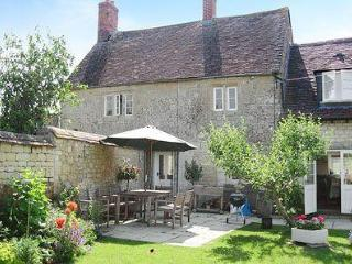 LABURNUM COTTAGE, Shaftesbury