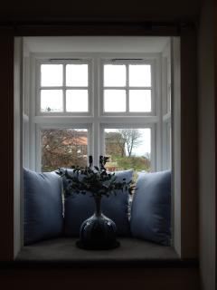Bay window with sea view