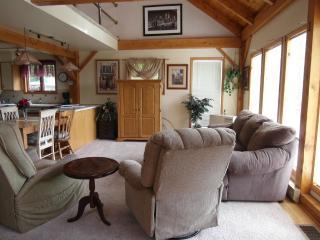 relax in Lake George ,Saratoga , Adirondacks, Diamond Point